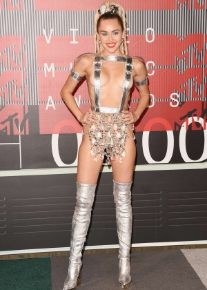 Miley Cyrus: 2015 MTV Video Music Awards in Los Angeles [adds]-78